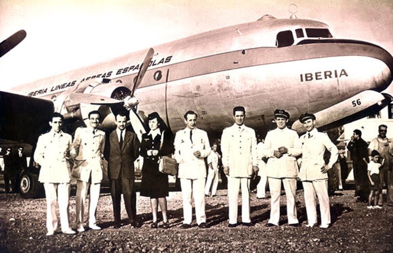 Primer vuelo de Iberia a América Latina.