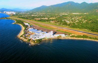 Vista aérea del aeropuerto Simón Bolívar de Santa Marta.