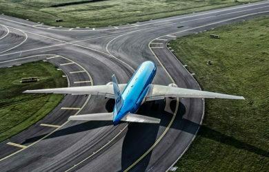 Boeing 777 de KLM en rodaje.