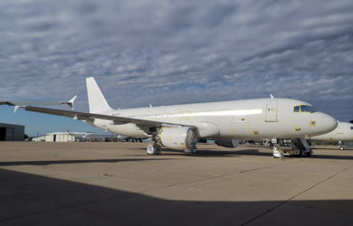 Primer Airbus A320 de Ultra Air.